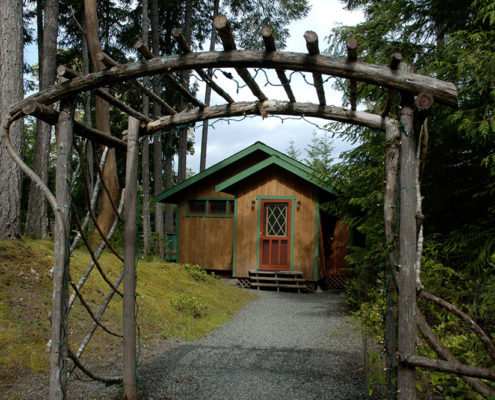 Stay at Honeysuckle Cottage during your retreat at the Salt Spring Studio.